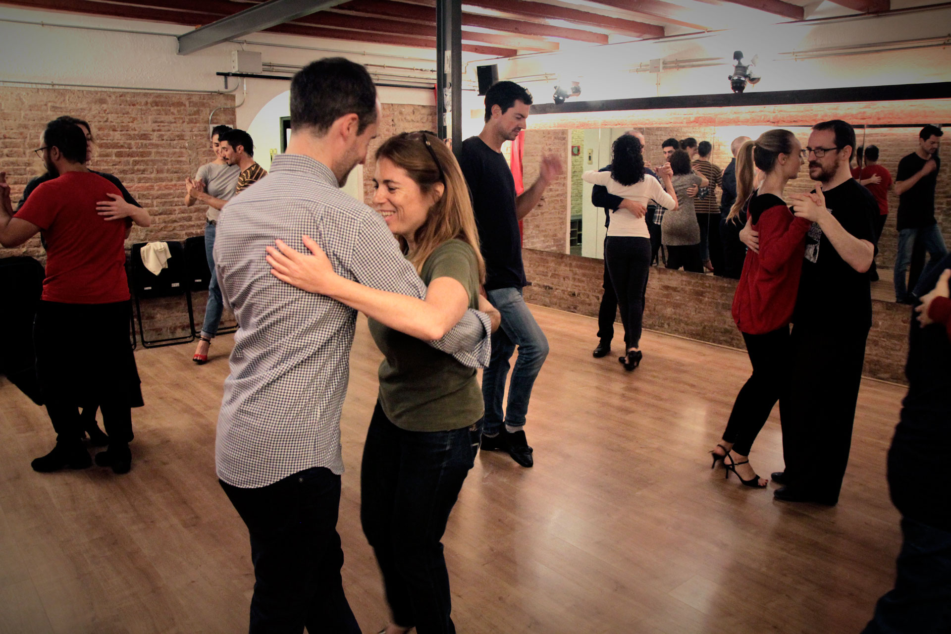 clases de tango en tangoticos barcelona